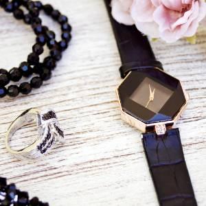 باکس هدایای اکسسوری مناسب استفاده به عنوان باکس هدیه ساعت ، جواهرات و ...