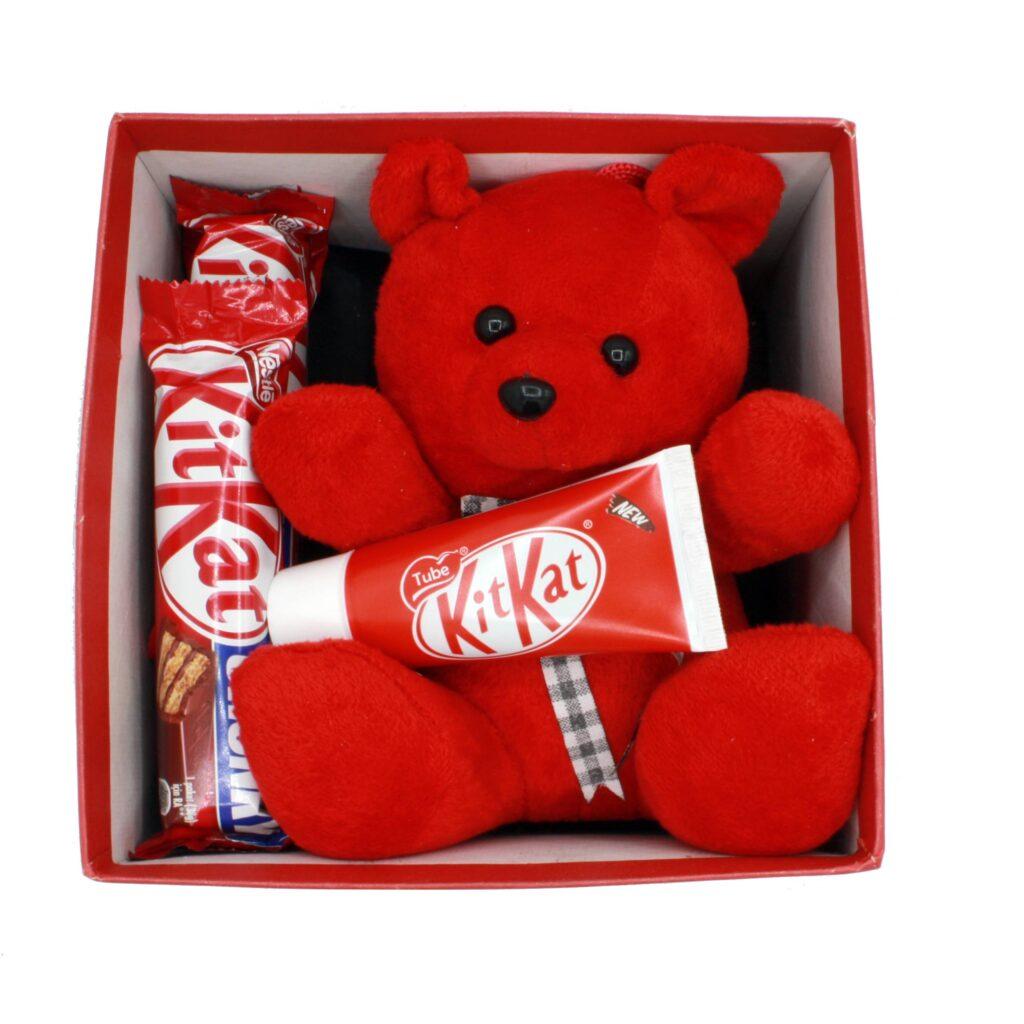 هدیه ولنتاین پک خرس + شکلات کیت کت 6 تکه